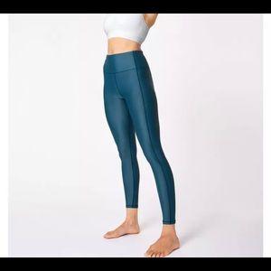 Nwt sweaty Betty 7/8 high shine leggings xs